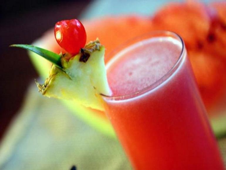 suco abacaxi melancia