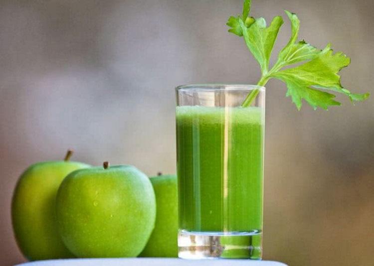 incrivel-suco-detox-de-maca-verde-para-a-dieta